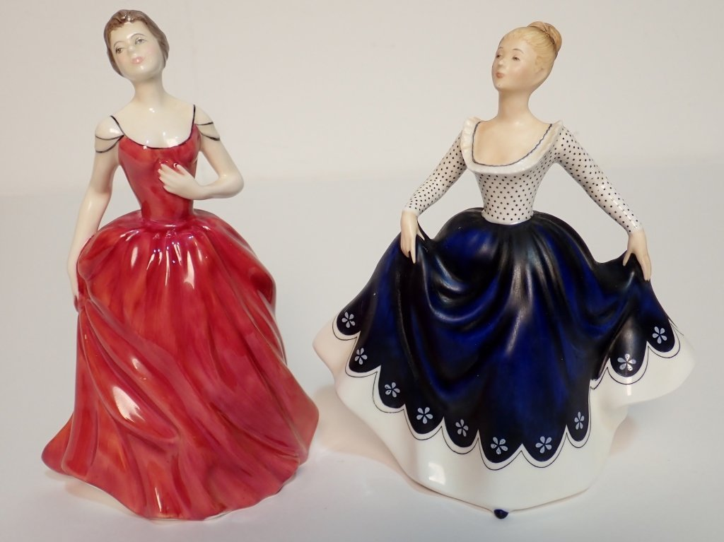Mixed Grouping of Royal Doulton England Figurines - 7