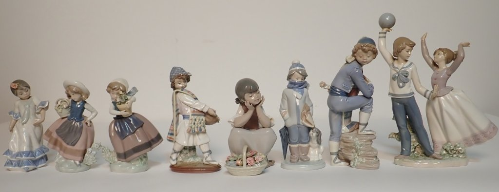 Grouping of Medium Sized Lladro Figurines
