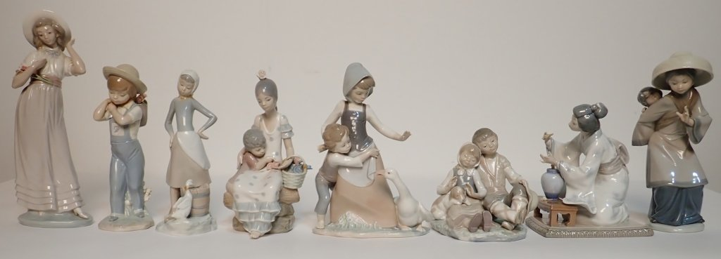 Grouping of Large Lladro Figurines