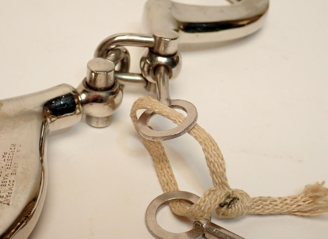 Vintage H&R Arms Company Hand Cuffs and Maglite - 6