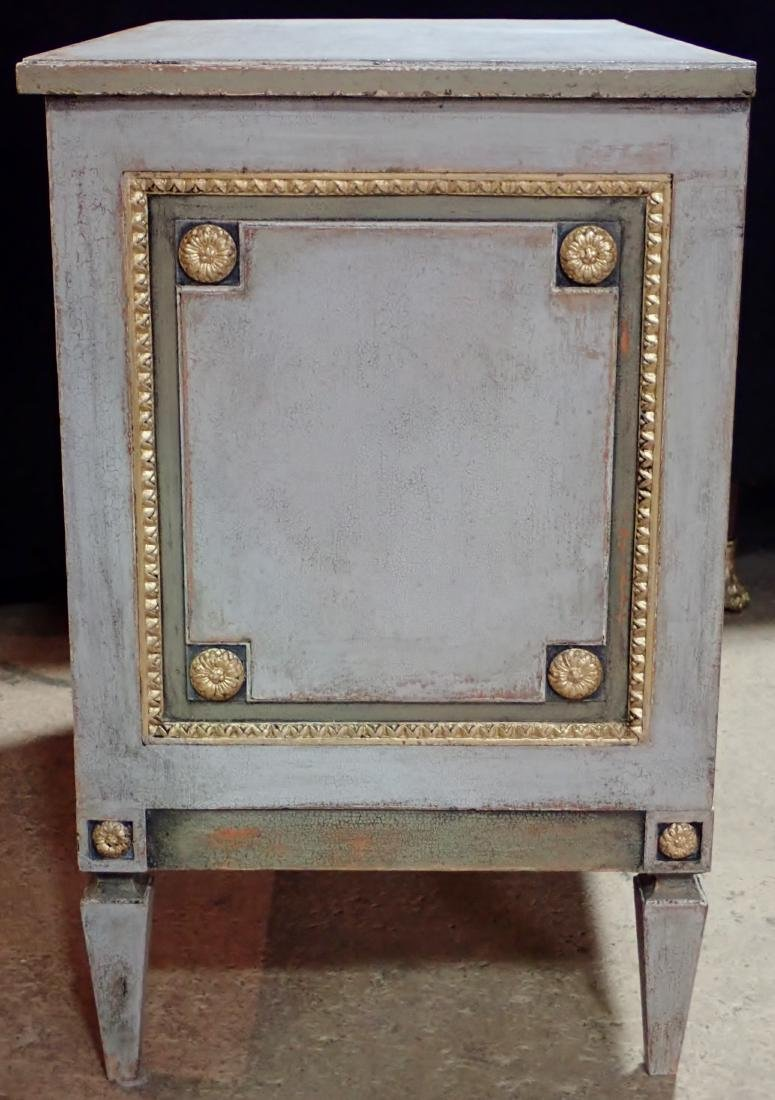 Continental 19th Century Commode - 4