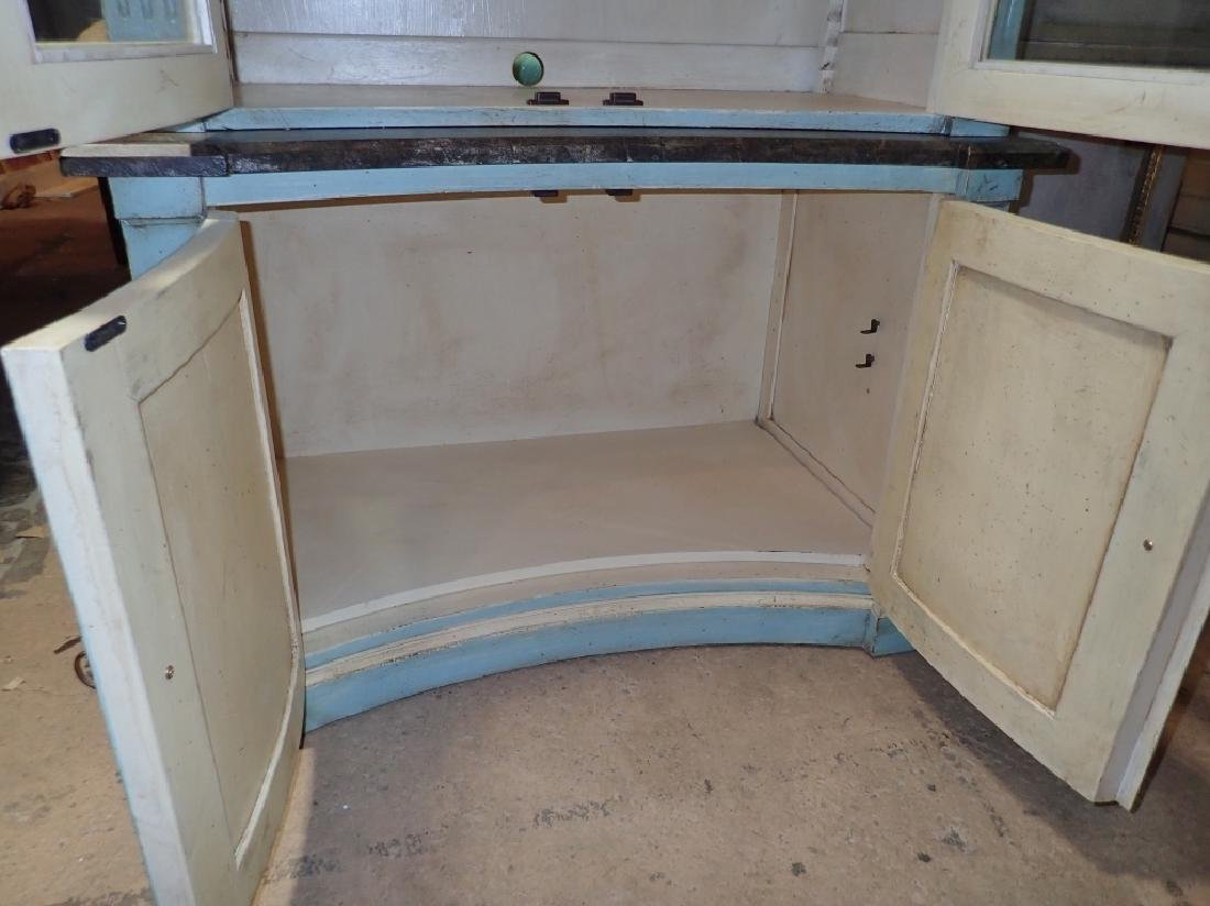 Continental Painted Curved Bibliotheque - 8