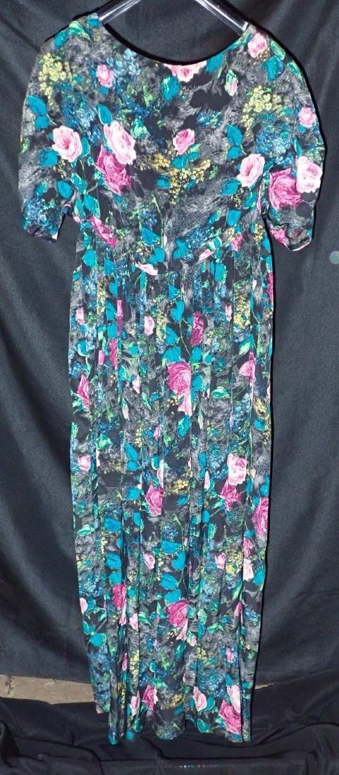 3 Vintage Womens Designer Robes - 3