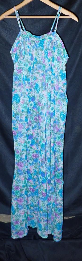 Ladies Vintage Designer Nightgowns - 7