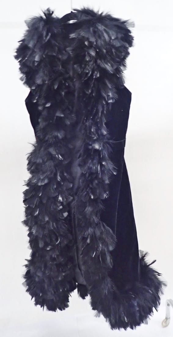 Vintage Black Feathered Sleeveless Jacket - 2