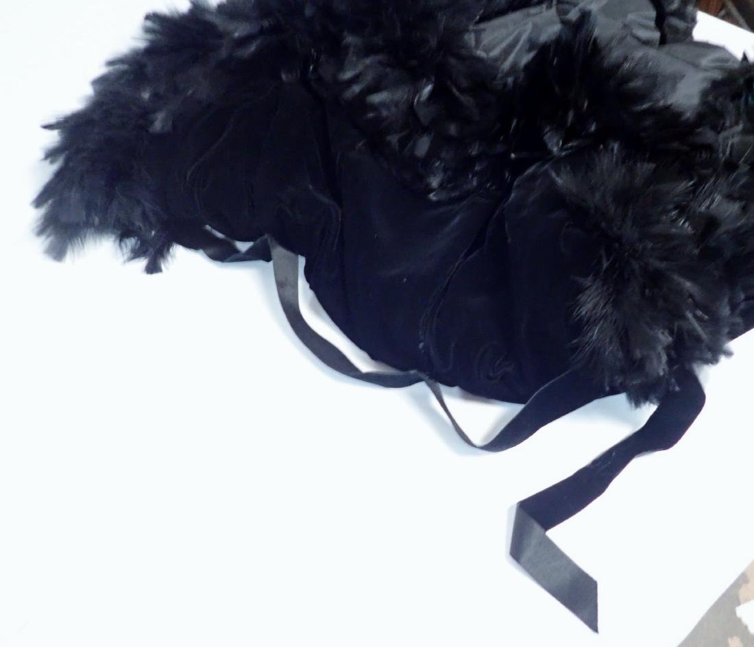 Vintage Black Feathered Sleeveless Jacket - 4