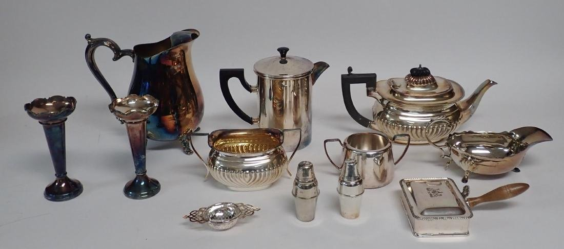 Collection of Vintage Silverplate Serving Ware - 6