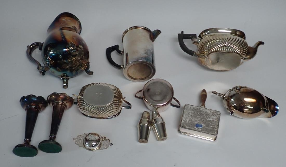 Collection of Vintage Silverplate Serving Ware - 7