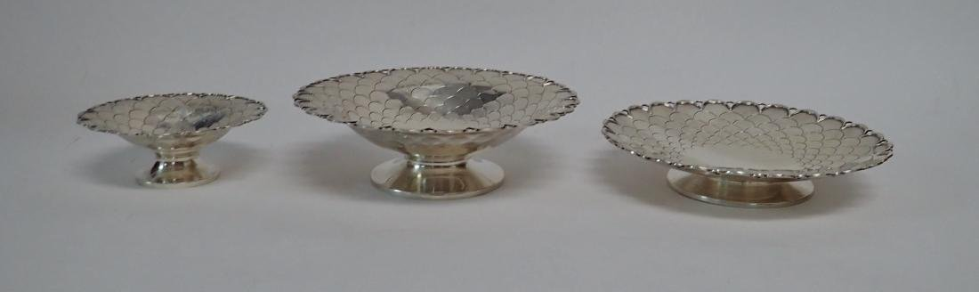Collection of 5 Silver Bowls in Two Patterns - 3