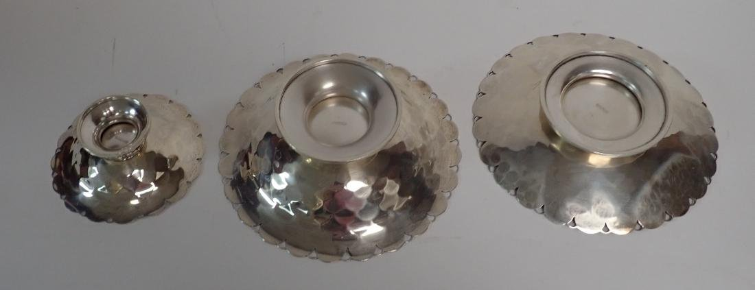 Collection of 5 Silver Bowls in Two Patterns - 4