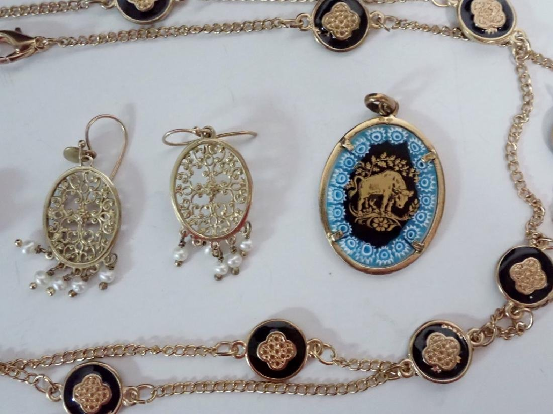 Assortment of Gold & Gold Tone Jewelry - 4