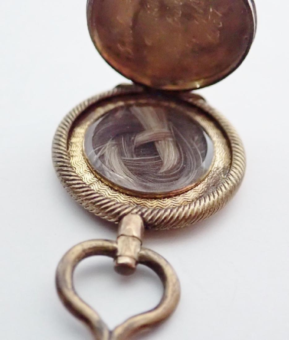 Four Assorted Vintage Pendants - 8