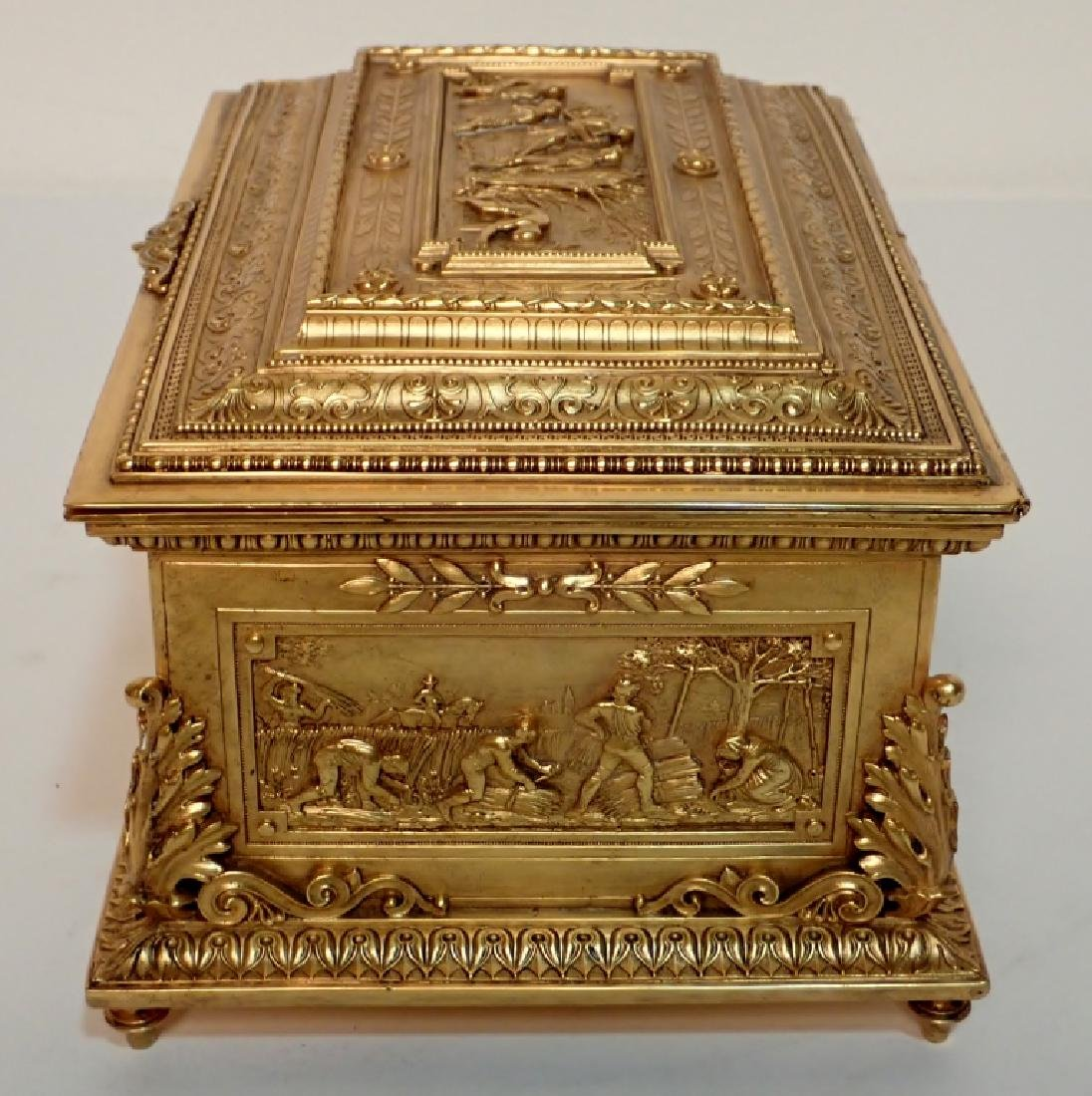 Large 19th Century Dore Bronze Box - 4