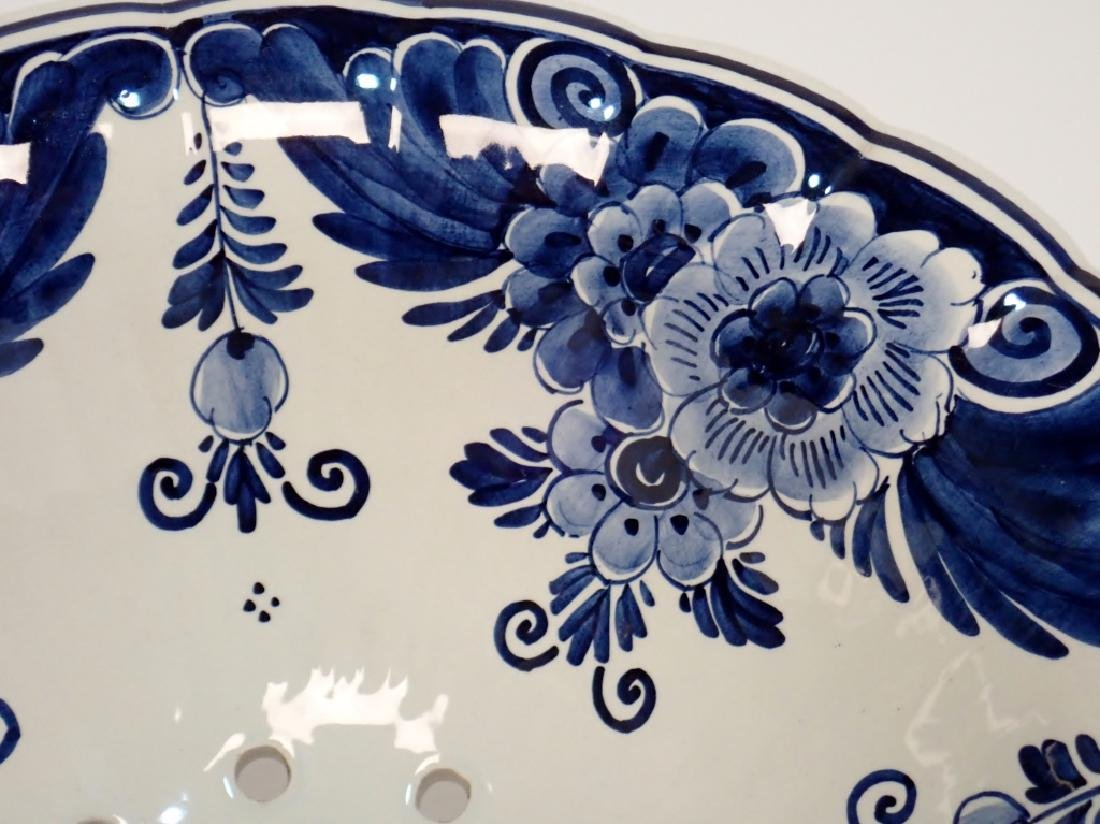 Blue and White Ceramic Pottery Footed Colander - 4