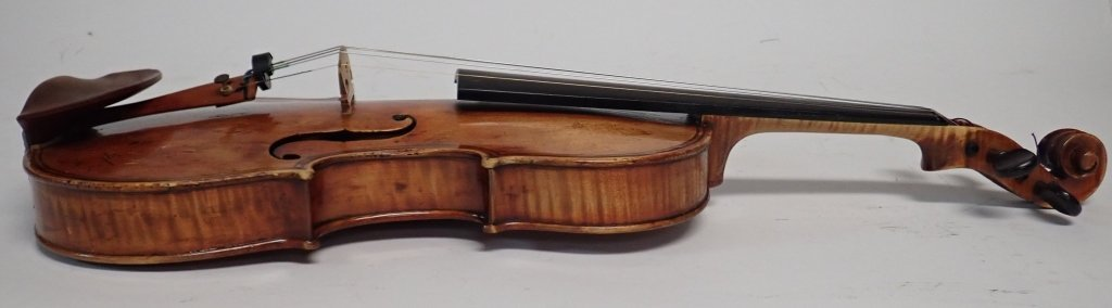 Antique Violin with Case and Four Bows - 8
