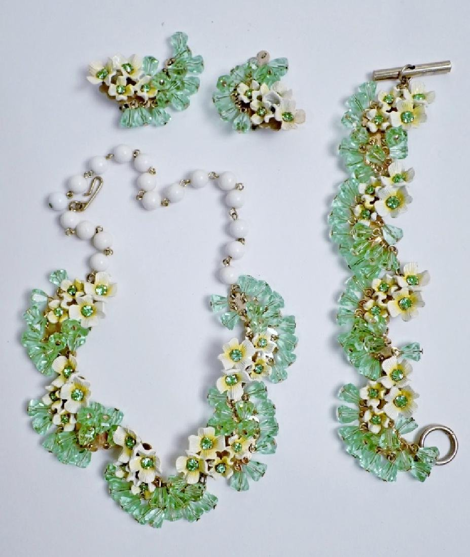 Crystal and Floral Fashion Jewelry Set