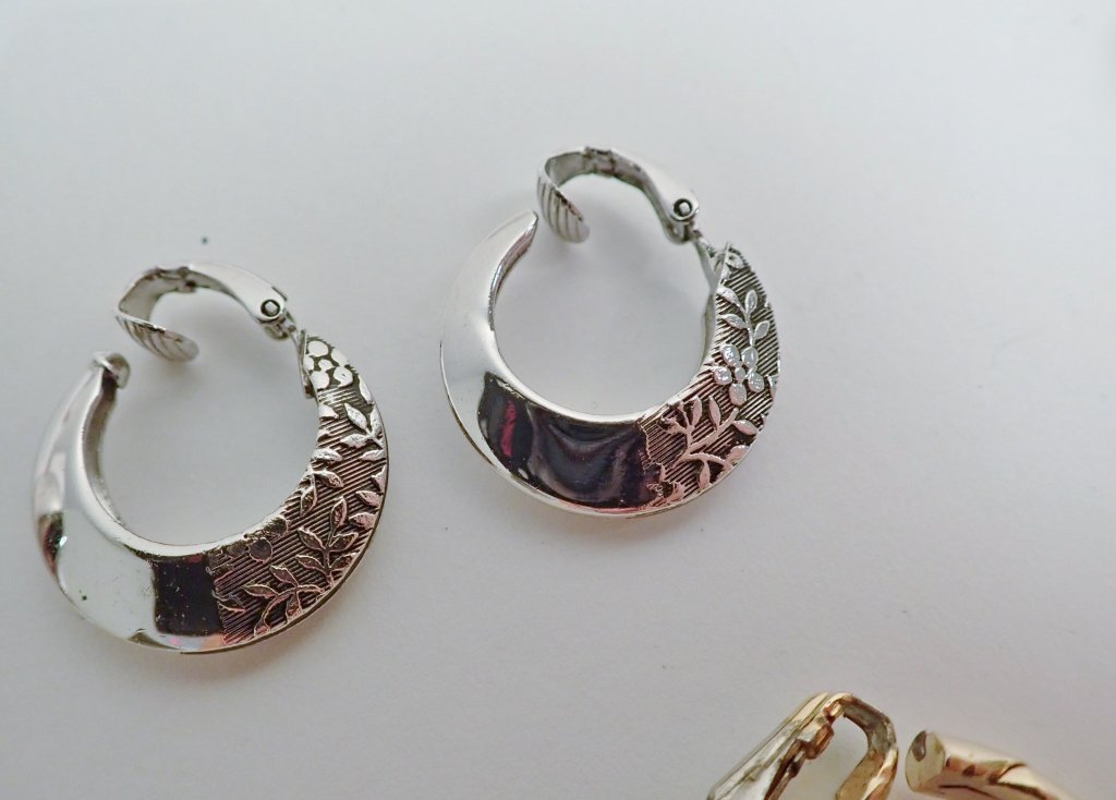 Collection of Fashion Earrings - 10