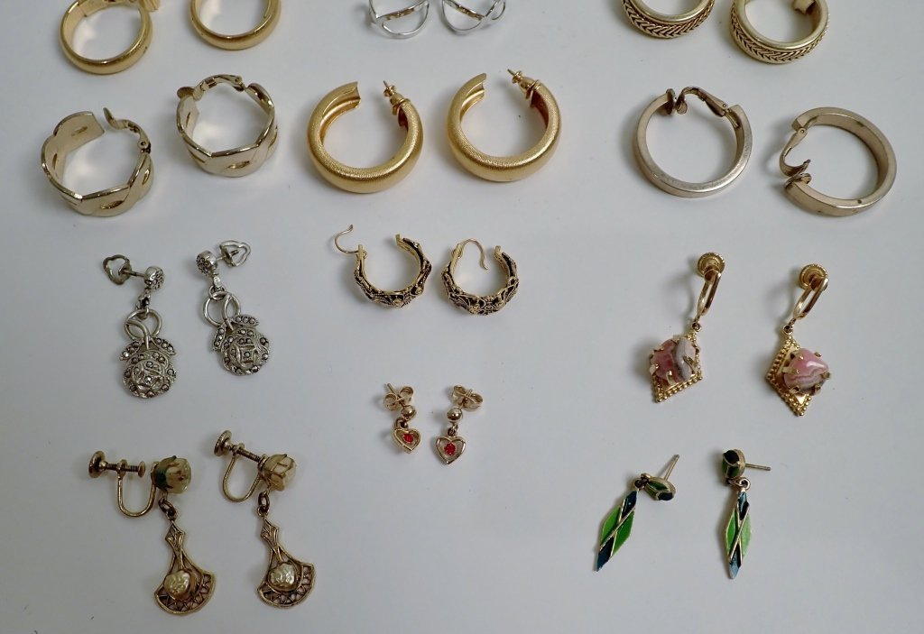 Collection of Fashion Earrings - 3