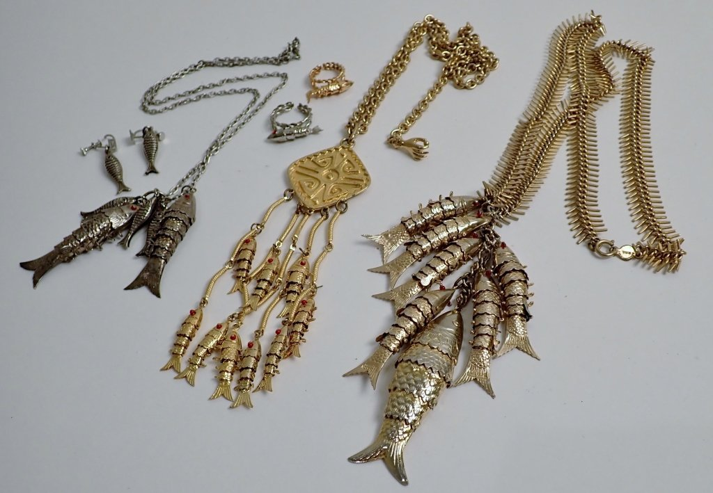 Collection of Vintage Fish Themed Jewelry - 3