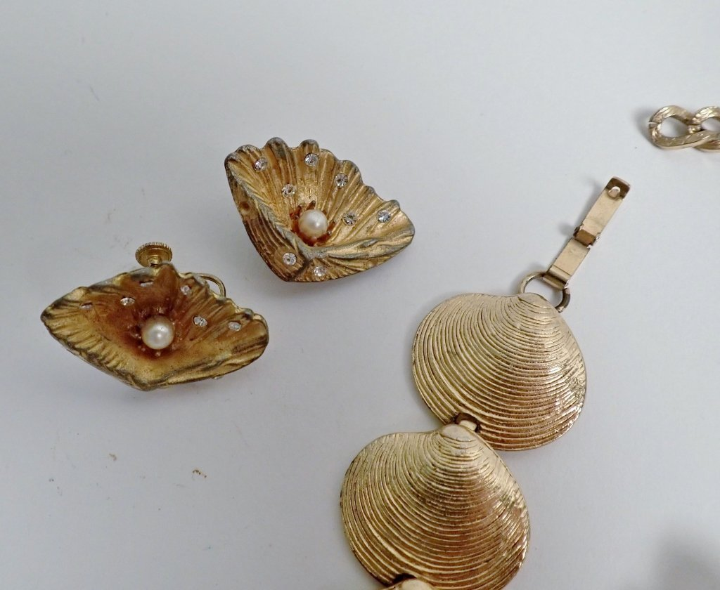 Collection of Signed Vintage Sea Shell Jewelry - 8