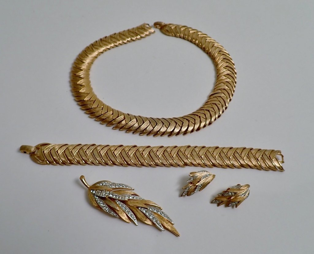 Vintage Kramer Jewelry Set