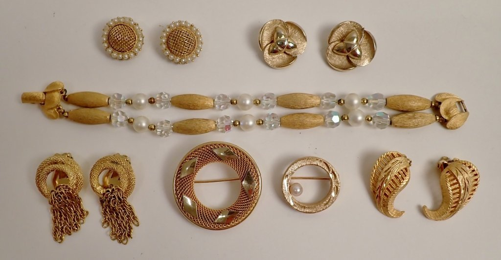 Vintage Kramer Jewelry Assortment