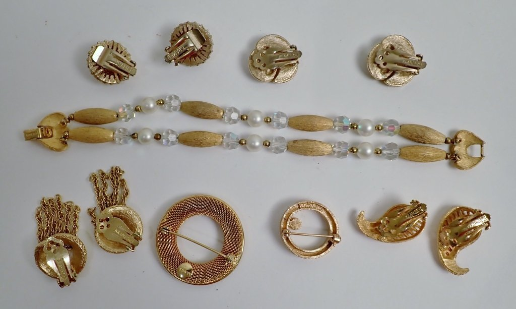 Vintage Kramer Jewelry Assortment - 5