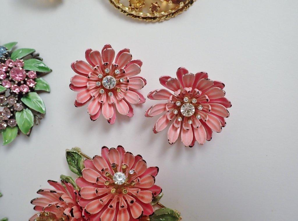 Signed Vintage Kramer Jewelry Sets - 3
