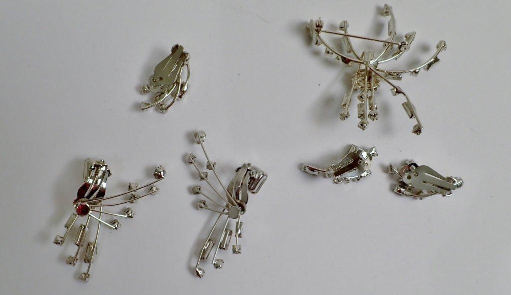 Faux Diamond & Sapphire Brooch & Earrings - 7