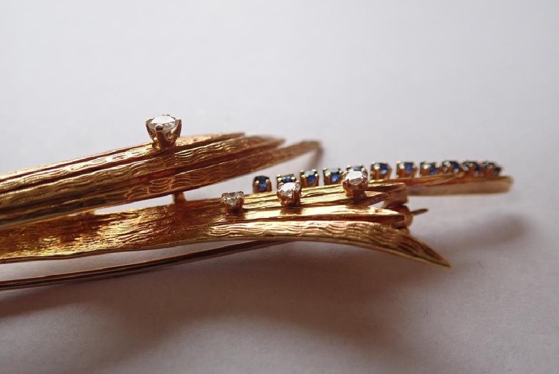 18K Yellow Gold, Diamond & Sapphire Brooch - 7
