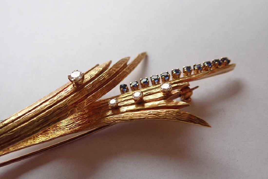 18K Yellow Gold, Diamond & Sapphire Brooch - 8