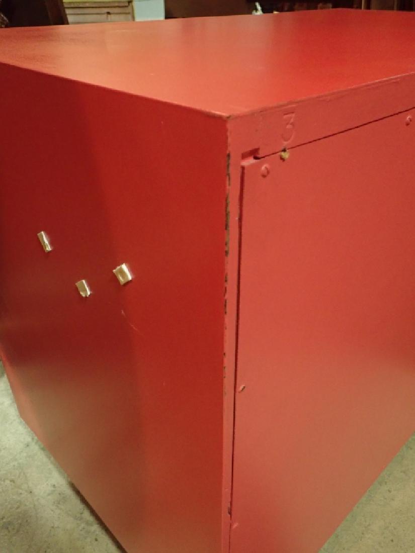 Red American of Martinsville Dresser - 7