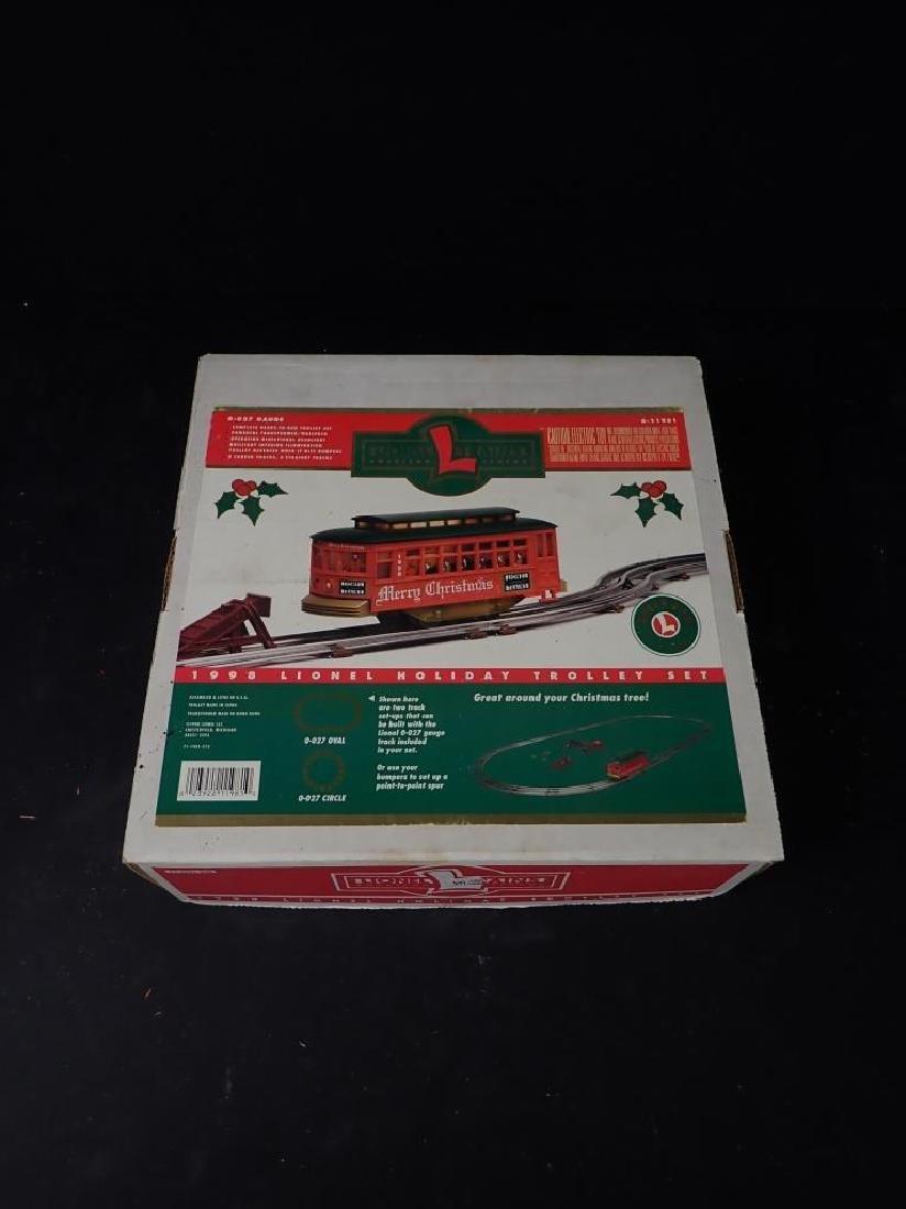 Lionel 1998 Holiday Trolley Set