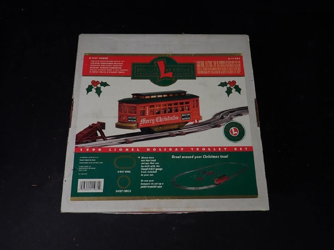 Lionel 1998 Holiday Trolley Set - 2