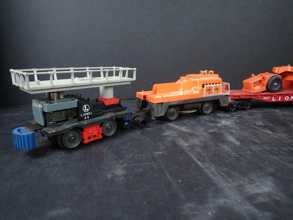 Lot of 4 Lionel Maintenance Train & Flat Cars - 2