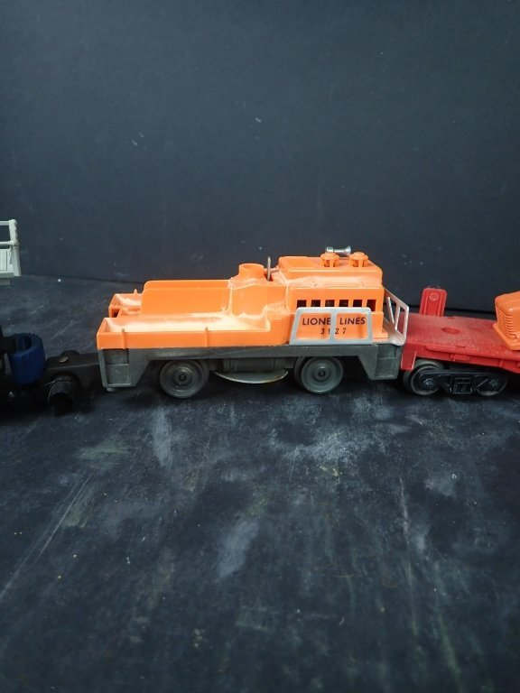 Lot of 4 Lionel Maintenance Train & Flat Cars - 3