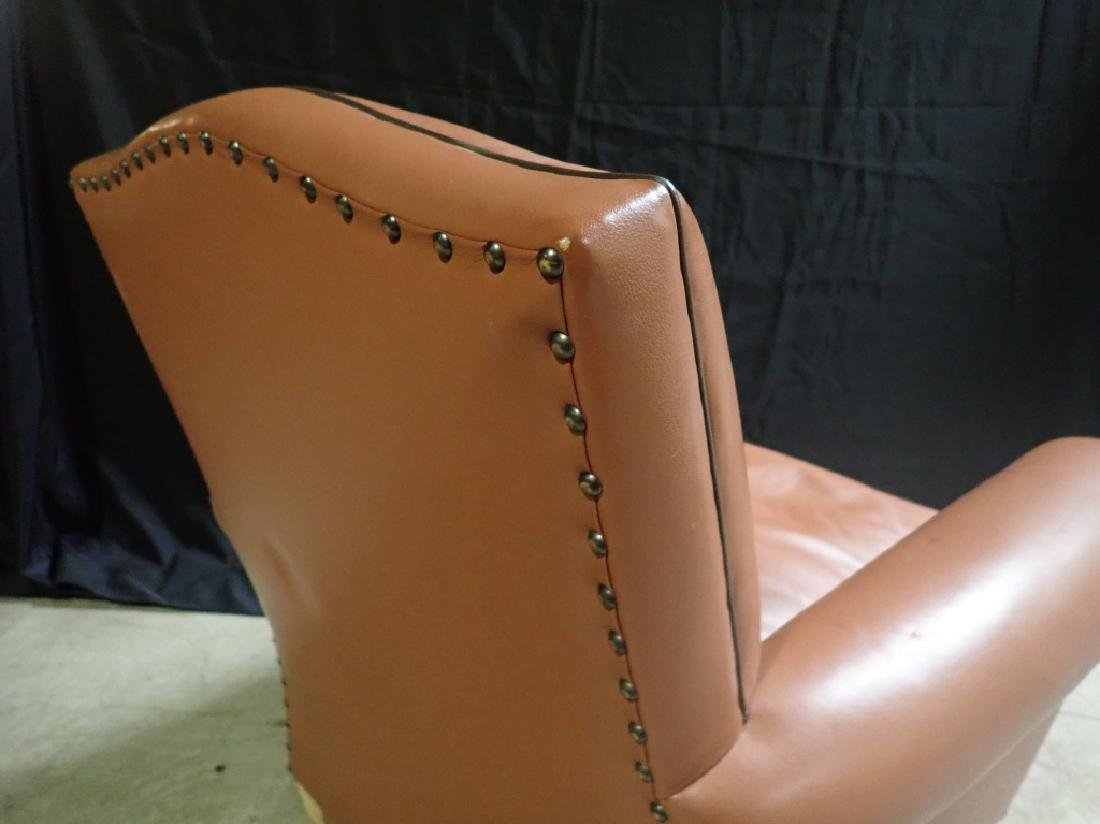 Vintage Leather Arm Lounge Chair - 9