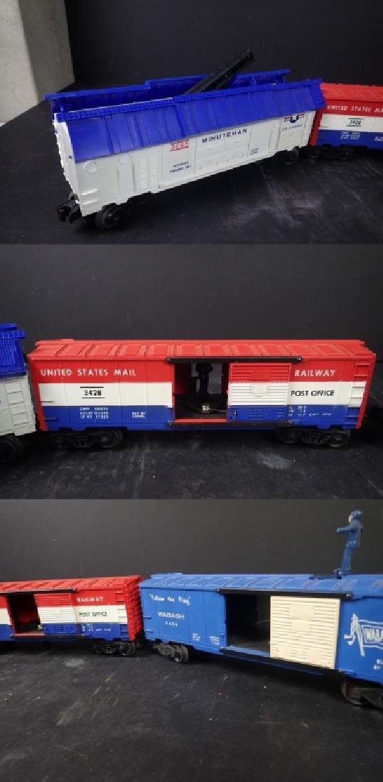 Assortment of Vintage Lionel Train Cars - 6