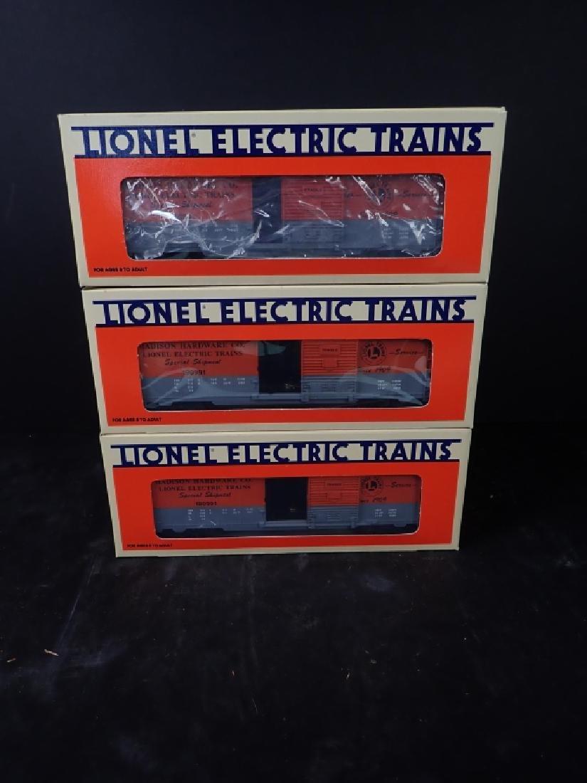 Assortment of Vintage Lionel Train Cars - 8
