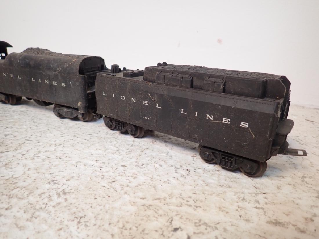 Lionel No. 2046 Engine and 2 Lionel Traincars - 3