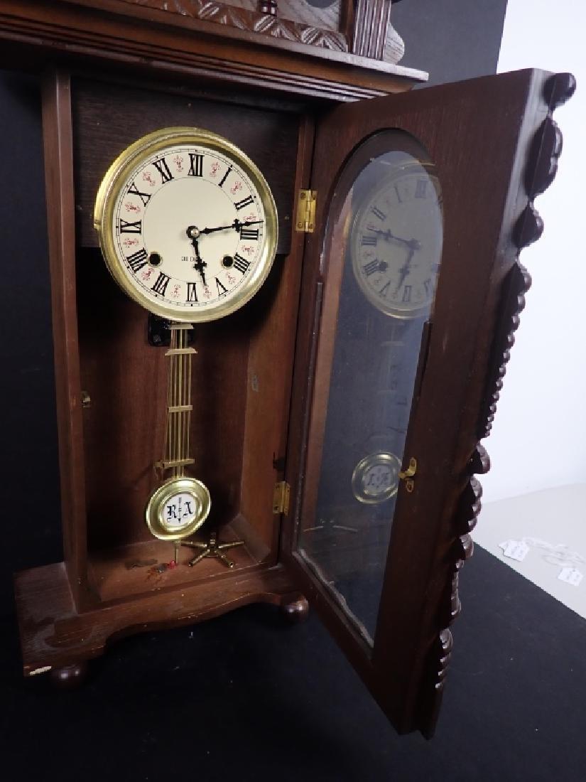 Vintage Wooden RA 31 Day Pendulum Clock - 7