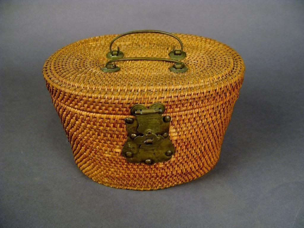 5: Tea pot set