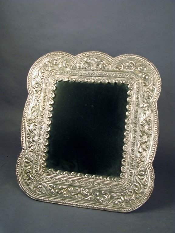 17: Large table top mirror