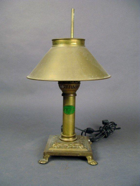 24: Oil lamp