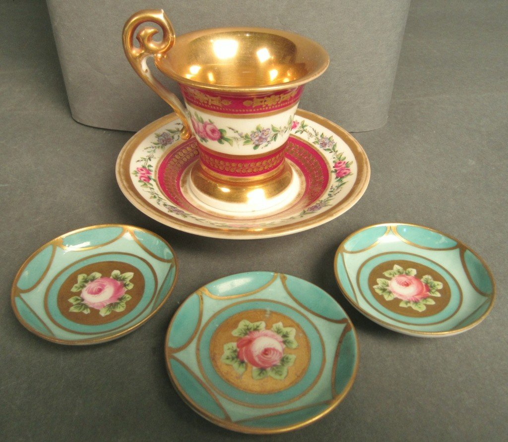 22: Collection of painted and gilt porcelain items