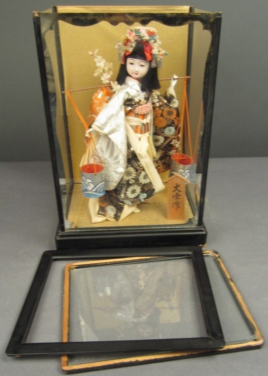 88: Japanese doll in wood and glass case - 8