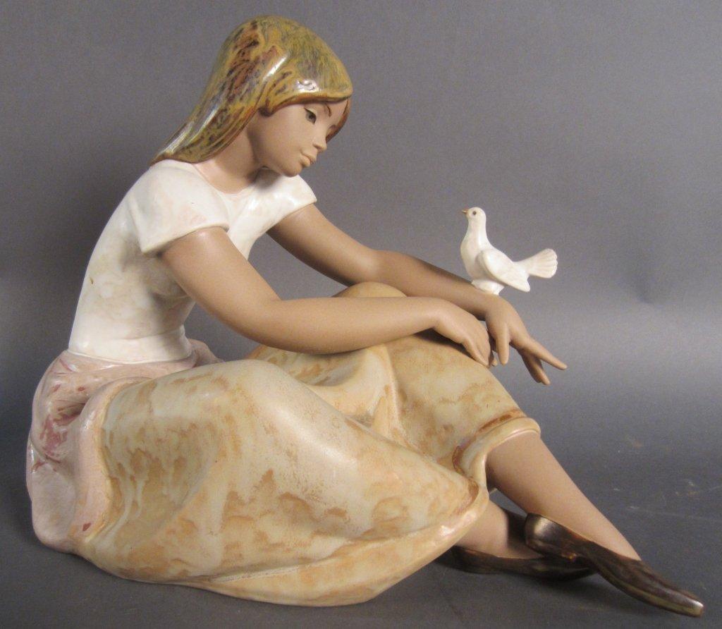"Lladro figurine ""Watching The Dove"""