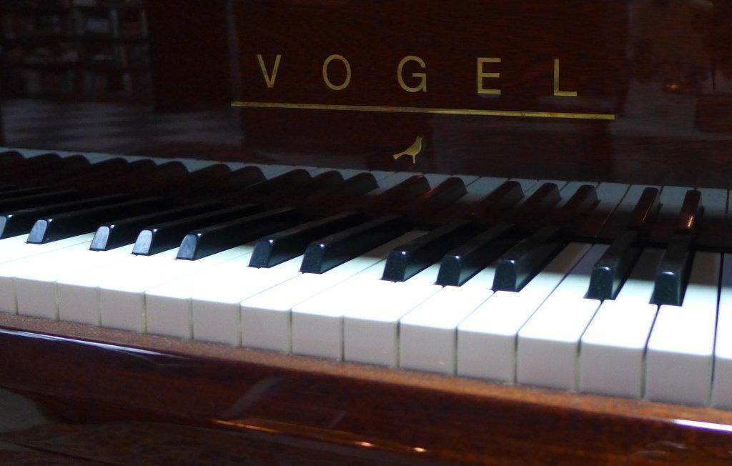 Vogel Baby Grand Piano, V 180 Royal - 10