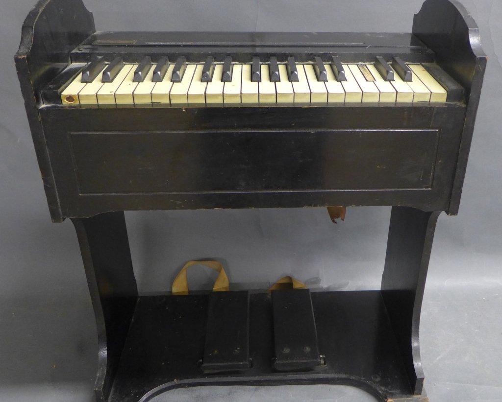 Children's Pump Organ