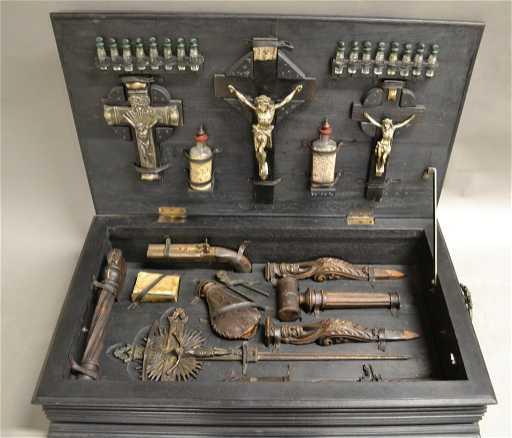 Vampire Hunting Kit In Hand Painted Box